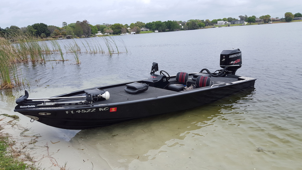 Central Florida Bass Fishing Guide Boat